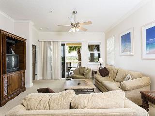 Cinnamon Beach 925, Large Corner Unit, 2 Heated Pools, Spa, Wifi, Patio, Spa - Palm Coast vacation rentals