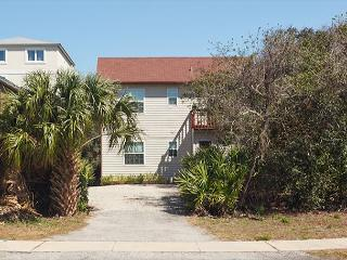 St Augustine Beach Pelican Landing Beach House, 3 Bedrooms, HDTV, Wifi - Saint Augustine vacation rentals
