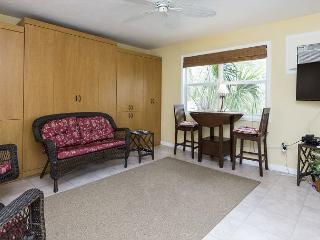 Polynesian Village 8, Beach View, Studio - Fort Myers Beach vacation rentals