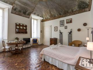 Romantic 1 bedroom Apartment in Tremezzo - Tremezzo vacation rentals