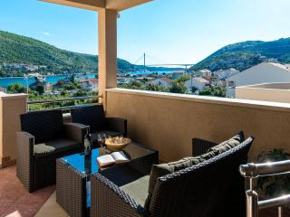 Du Lux Apartment 3 - Dubrovnik vacation rentals