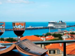 2 bedroom Apartment with Deck in Funchal - Funchal vacation rentals
