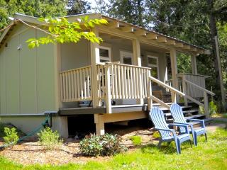 Cozy Cottage with Internet Access and Kettle - Pender Island vacation rentals