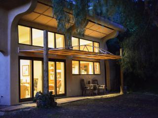 Beautiful 2 bedroom Cottage in Topanga - Topanga vacation rentals