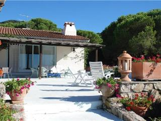 4 bedroom Villa in MARCIANA, Elba Island, Italy : ref 2261684 - Procchio vacation rentals