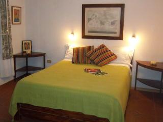 METROPOLITAN QUITO AREA!!! English French Spanish - Quito vacation rentals