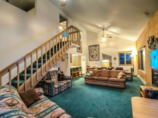Comfortable House with Hot Tub and Parking - Steamboat Springs vacation rentals