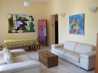 Nice 2 bedroom Apartment in Jerusalem - Jerusalem vacation rentals