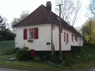 Beautiful 3 bedroom Cottage in Hesdin with Internet Access - Hesdin vacation rentals