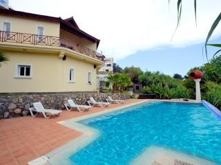 5 bedrrom villa in Alsancak - Kyrenia vacation rentals