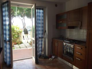 1 bedroom Townhouse with Deck in Principina a Mare - Principina a Mare vacation rentals