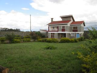 5 bedroom Guest house with Internet Access in Nyahururu - Nyahururu vacation rentals