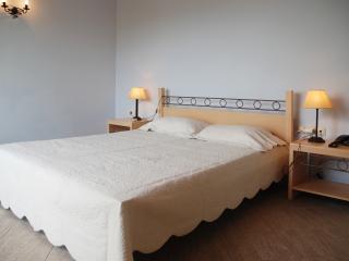 Beautiful 1 bedroom Condo in Agios Nikolaos - Agios Nikolaos vacation rentals