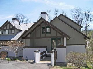 K020B- Managed by Loon Reservation Service - NH M&R:056365/Business ID:659647 - Lincoln vacation rentals