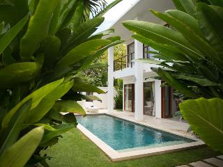 Moonlight Orchid, 3br in Nusa Dua - Tanjungbenoa vacation rentals