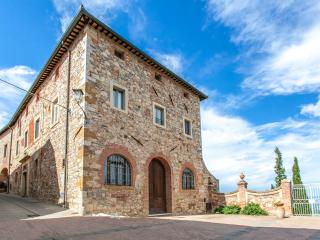 2 bedroom Condo with A/C in Montefollonico - Montefollonico vacation rentals