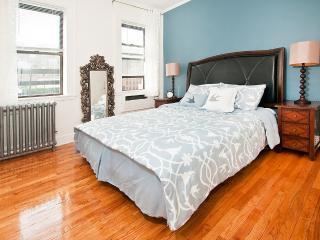 EXCEPTIONAL LOCATION~UNION SQUARE 1BR APT~ELEVATOR - New York City vacation rentals