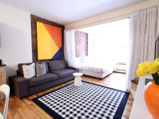 LUXURY NYC Apt near Times Sqr.! - New York City vacation rentals