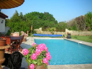 4 bedroom Bed and Breakfast with Internet Access in Peyriac-Minervois - Peyriac-Minervois vacation rentals