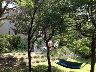 4 bedroom House with Internet Access in Merindol - Merindol vacation rentals