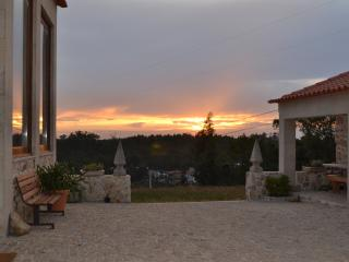 Nice Cottage with Internet Access and A/C - Oliveira de Azemeis vacation rentals