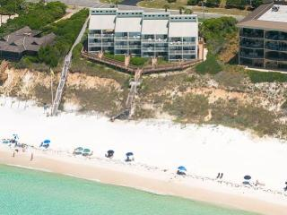 Perfect 2 bedroom Apartment in Seagrove Beach with Deck - Seagrove Beach vacation rentals
