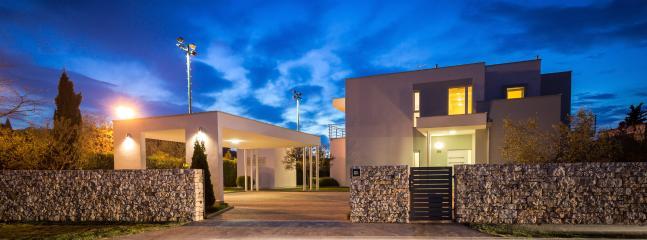 Villa SMRIKVE LOUNGE - entrance at night - Luxury Smrikve Lounge Villa nearby Brioni Islands - Pula - rentals