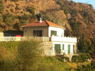 2 bedroom Villa with Deck in Albisola superiore - Albisola superiore vacation rentals
