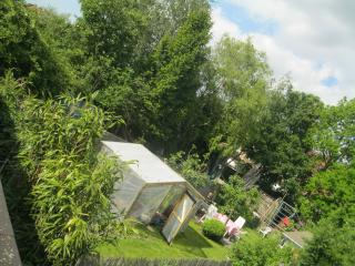 Sunshiny house to rent in school holidays, garden! - Ghent vacation rentals