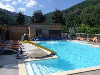 LES CHALETS DE LAVAL village de gites Ardeche sud - Thueyts vacation rentals
