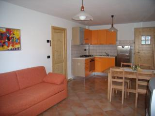 2 bedroom Apartment with Internet Access in Ossana - Ossana vacation rentals
