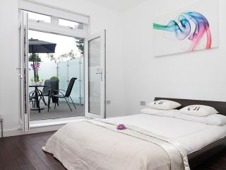 Flat 3, Iffley Road - London vacation rentals
