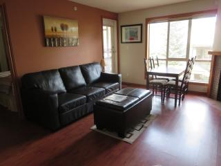 Nice 2 bedroom Whistler Townhouse with Deck - Whistler vacation rentals