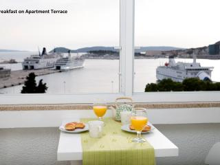 Apartment Amazing View - Split vacation rentals