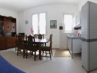 Beautiful Condo with Internet Access and Washing Machine - Maccagno vacation rentals