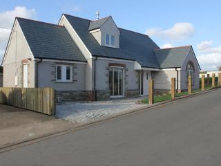 A new holiday home near the beach - Bude vacation rentals