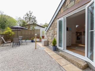 St Ives, Lelant Studio Cottage with private garden - Lelant vacation rentals