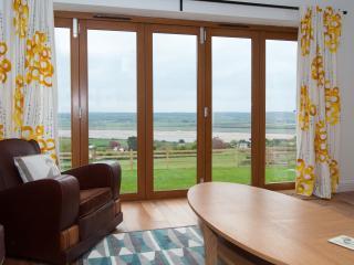 Dove Chapel with stunning estuary views - Ashford vacation rentals