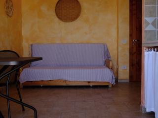 Villa Doria Casa Vacanze MONOLOCALE 2 posti letto - Valledoria vacation rentals