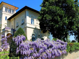 Villa la Moresca with pool near Florence and Pisa - Montecatini Alto vacation rentals