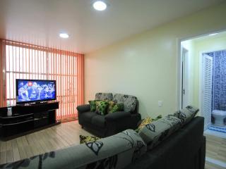 Charming 2 bedroom Condo in Rio de Janeiro with A/C - Rio de Janeiro vacation rentals