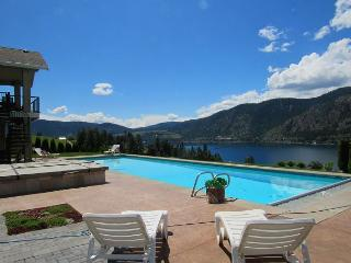Summit Pool House: Newly-Built and Equipped for Year-Round Fun - Manson vacation rentals