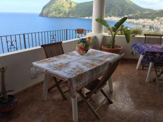 TRILOCALE MARGHERITA - Canneto di Lipari vacation rentals