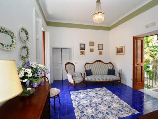 Elegant Apartment Stefania Amalfi town centre - Amalfi vacation rentals