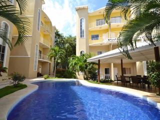 Nice Condo with Deck and Internet Access - Tamarindo vacation rentals