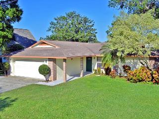 Bradenton Lakefront Vacation Rental Home with Heated Pool and Water Views - Bradenton vacation rentals