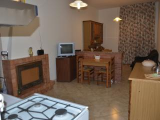 1 bedroom Condo with Central Heating in Penna San Giovanni - Penna San Giovanni vacation rentals