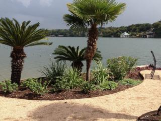 Beautiful Lake Austin Waterfront Condo - Austin vacation rentals
