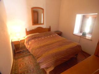 casa ermita.... 1-2 bedroom townhouse - Orgiva vacation rentals