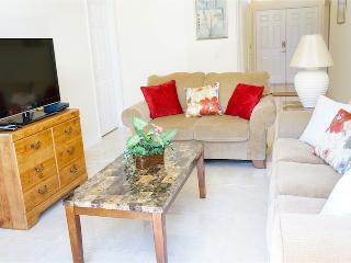 3 bed Cozy & Economical Pool Home - Mid Florida vacation rentals